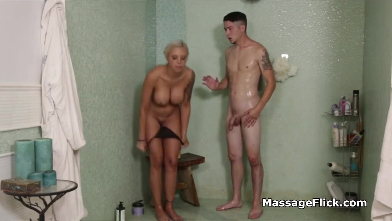 Serious cock draining by slutty massesue in the shower