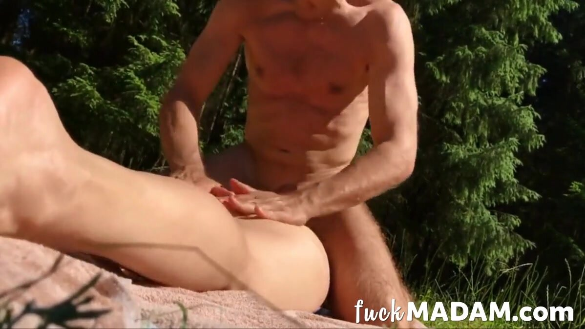 Sex in the woods 5